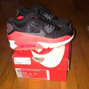 Nike air max size 5.5 womans brand new
